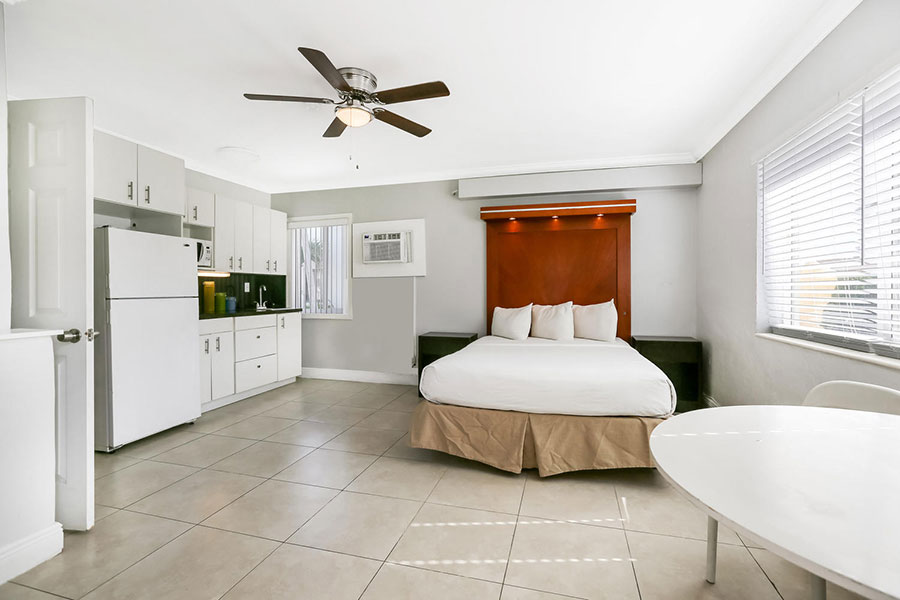guest room at Hollywood Beach Hotels